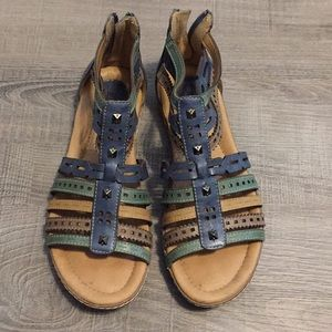 Earth shoes gladiator sandals, blue & tan
